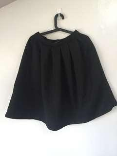 Authentic Forever 21 Black Knee-length Skirt
