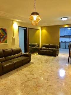 Cheapest 5rm corner for sale at Pasir Ris st 72