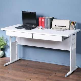 C01_1258☆免運費☆書桌亮白+飾板設計~2.5cm厚桌面防潑水時尚白(寬140 x 深 60)雙抽工作桌 電腦桌