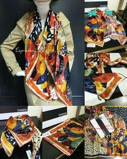 #MMAR18 [C•H•A•N•E•L]Floral Print Pure Silk Scarf CODE:CLSS005S-2