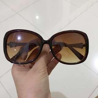 Kacamata giorgio armani
