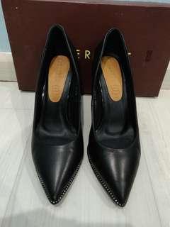 🚚 BNSoleIB Everbest Heels Black