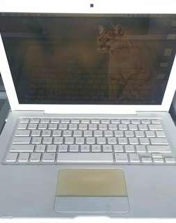 Macbook white mid 2007