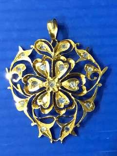 Sale Less 30% Antique Beautiful Peranakan Intan Gold Pendent