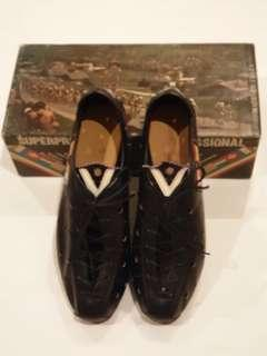 Vintage Vittoria cycling shoes