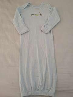 Carter's sleepsuit 0-3 months