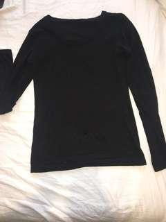 Plain black long sleeve tight top - size Small