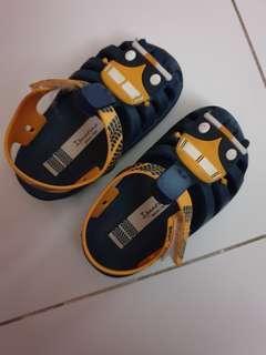 🚚 Baby Sandals