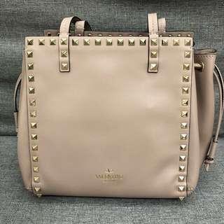 100% new Valentino Rockstud bag tote