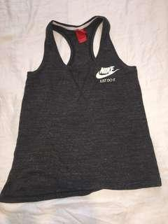 Sleeveless Nike sports top - size small/medium
