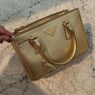 Prada Bag Saffiano 2WAY PLATINO gold (Small)