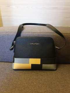 🚚 Carlo Rino Sling Bag