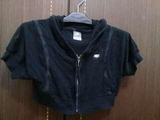 🚚 Nike棉質短罩衫小外套