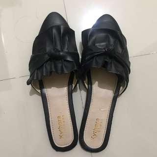 Black Mules Flat Shoes