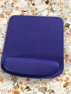 🚚 Purple Mouse Pad