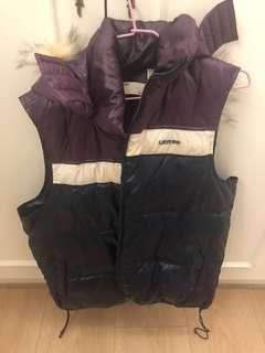 🚚 Levi's vest 背心 L 保暖 降價!! 白菜🥬價帶走