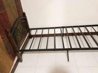 Detachable Durable Steel with Wooden Single Frame Bed Black
