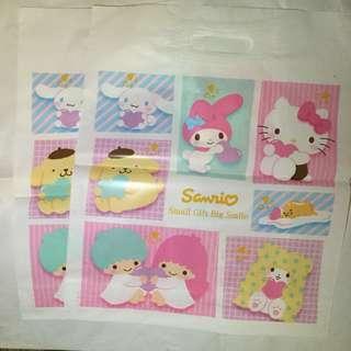 40 x 34cm  Sanrio 膠袋 一個$5 Hello kitty my melody twinstar 布甸狗 玉桂狗 蛋黃哥