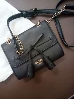 Guess mini slingbag