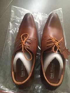 Sepatu Pantofel coklat