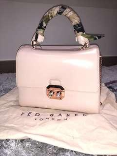 Ted baker pearl pink bag 95% new