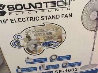 """Soundtech Electronic 16"""" Standing Fan"""