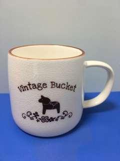 罕見復古杰西裂紋馬克陶瓷杯送軟膠杯蓋 vintage bucket cup with soft plastic cover