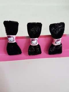 🚚 BN Hello Kitty Hair Clips