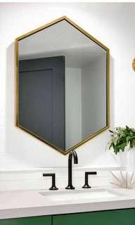 Gold colour hexagon mirror 800x600mm