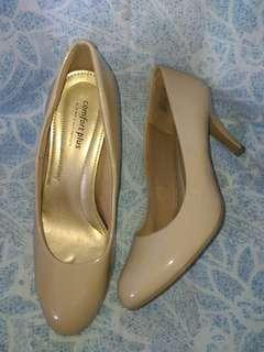 Comfort Plus by Predictions Nude Pumps