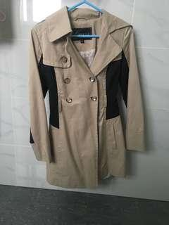 GUESS beige trench coat with black panels