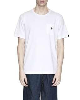 Fingercroxx Bigfoot 刺绣饰口袋 白T恤