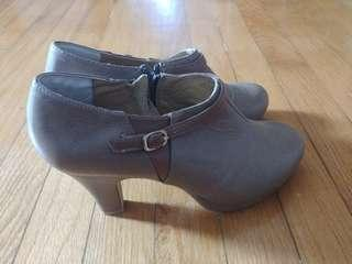 Ankle boot, size 23.5, NEW from Japan