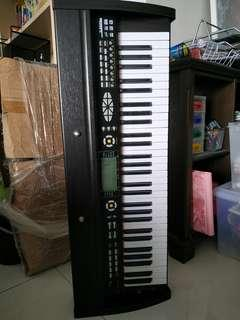 T-9988 keyboard for sale (no charger)