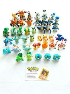 Pokemon Tomy Figurines