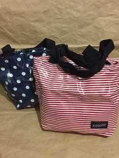 🚚 Waterproof tote bag