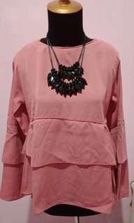 Blouse pretty pink