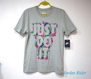 Jordan Rider 喬丹騎士 NIKE Just Do It Floral JDI Tee 灰色花卉 男生短袖T恤