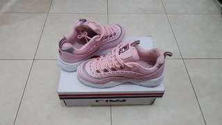 Fila Ray Pink (size 3) 100% Aunthentic