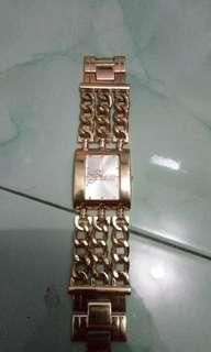 Guess wanita fashion