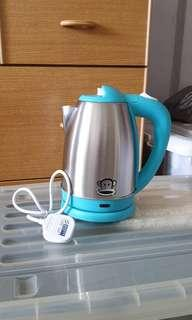 Electric Kettle - Paul Frank