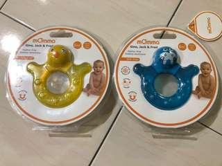 mOmma teether ring