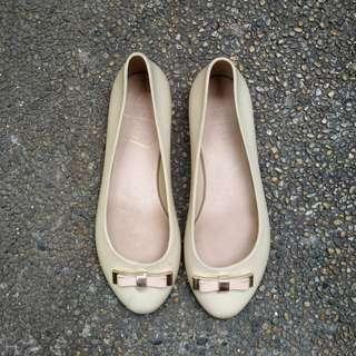 So Fab nude jelly ballet flats
