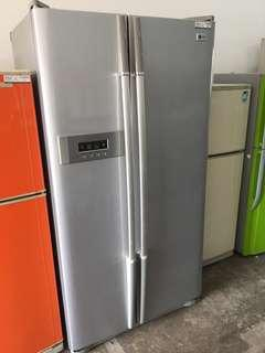 LG side by side Refrigerator Fridge Peti Sejuk Freezer Ais Ice