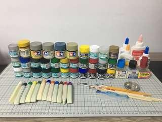 Used Paints, Thinner, etc. for Modelling