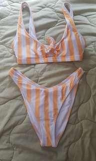 Striped swimsuit f21