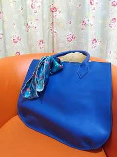 Lovely Blue Hand Bag