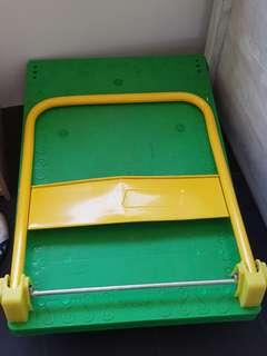 🚚 Like new condition trolley