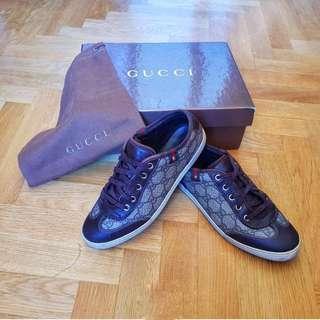 GUCCI Monogram brown sneakers