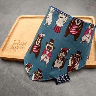 🚚 臨邊壓線 不易變形 手作圍兜.口水巾.吐奶巾.彌月禮 布頭巾 藍底 可愛 熊 狗 貓 鼠 兔 馬戲團